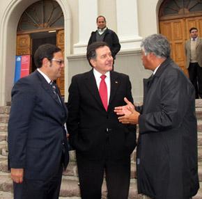 ministroRobertoAmpuero_lamatriz3