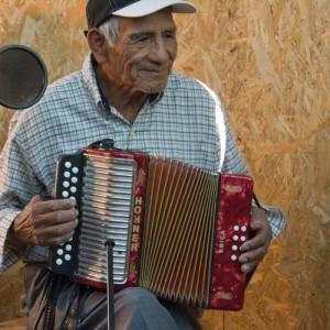 ALEJANDRO GONZALEZ THV 2011