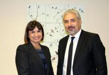 Subdirectora Ana Tironi y Ministro Ottone