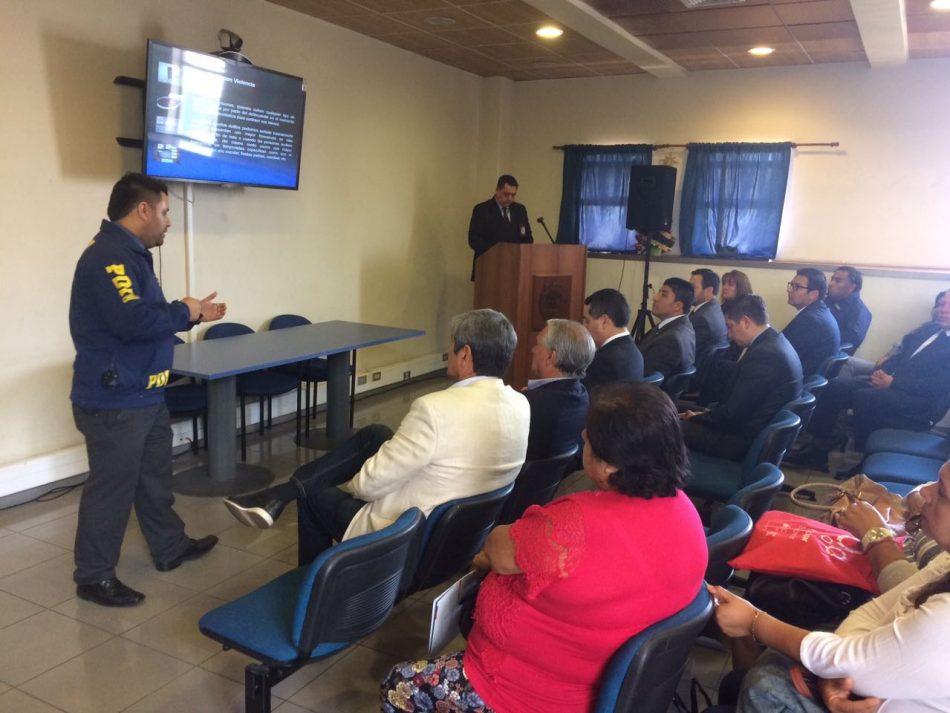 Policia de investigaciones de chile realiza lanzamiento de for Oficina de policia